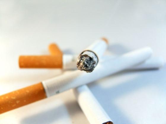 cigarette-1848_640